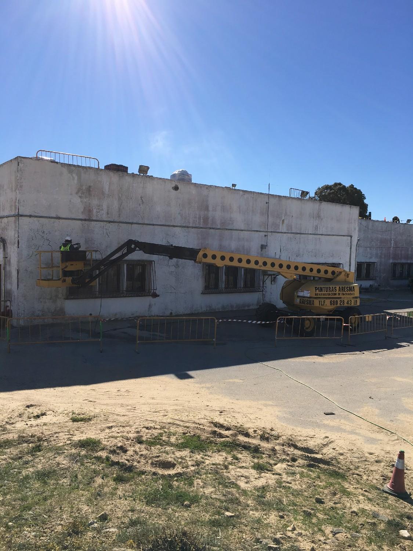 Rehabilitación de fachada, estructuras y fosos del edificio 612 de la Base Naval de Rota
