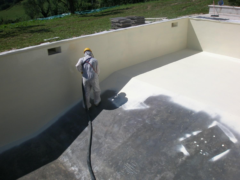 Poliurea, chorro de arena y espuma de poliuretano